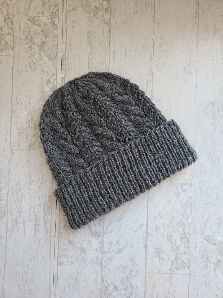 Prospect Terrace: A Cabled Hat Pattern