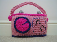 Knitted radio