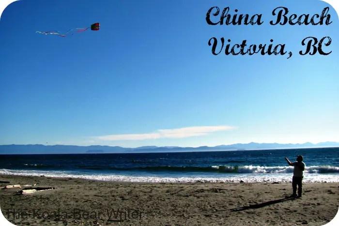 Flying kite at China Beach