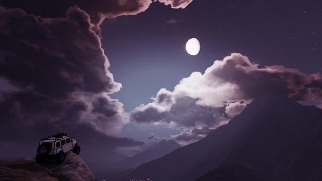 JimnyCGRL captured a moment shared between a Jeep and the Moon on Mount Gordo.