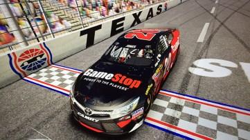 NASCAR15_Screenshot1