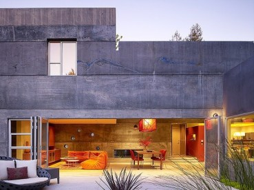 hybrid-wood-and-concrete-home-16-thumb-630xauto-36025