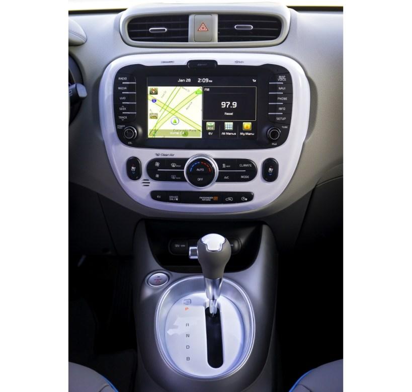 2015-kia-soul-ev-electric-vehicle (1)