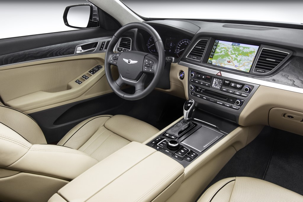 2014-hyundai-genesis-sedan-debut-geneva-motor-show-europe (2)
