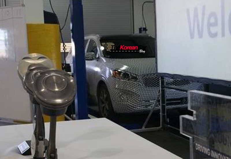 kia-sorento-hybrid-scooped-for-the-first-time