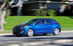 Hyundai Elantra GT Facelift Scheduled for Chicago