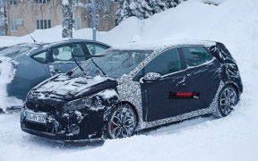 kia-ceed-gt-facelift-spied-in-artic-circle (3)