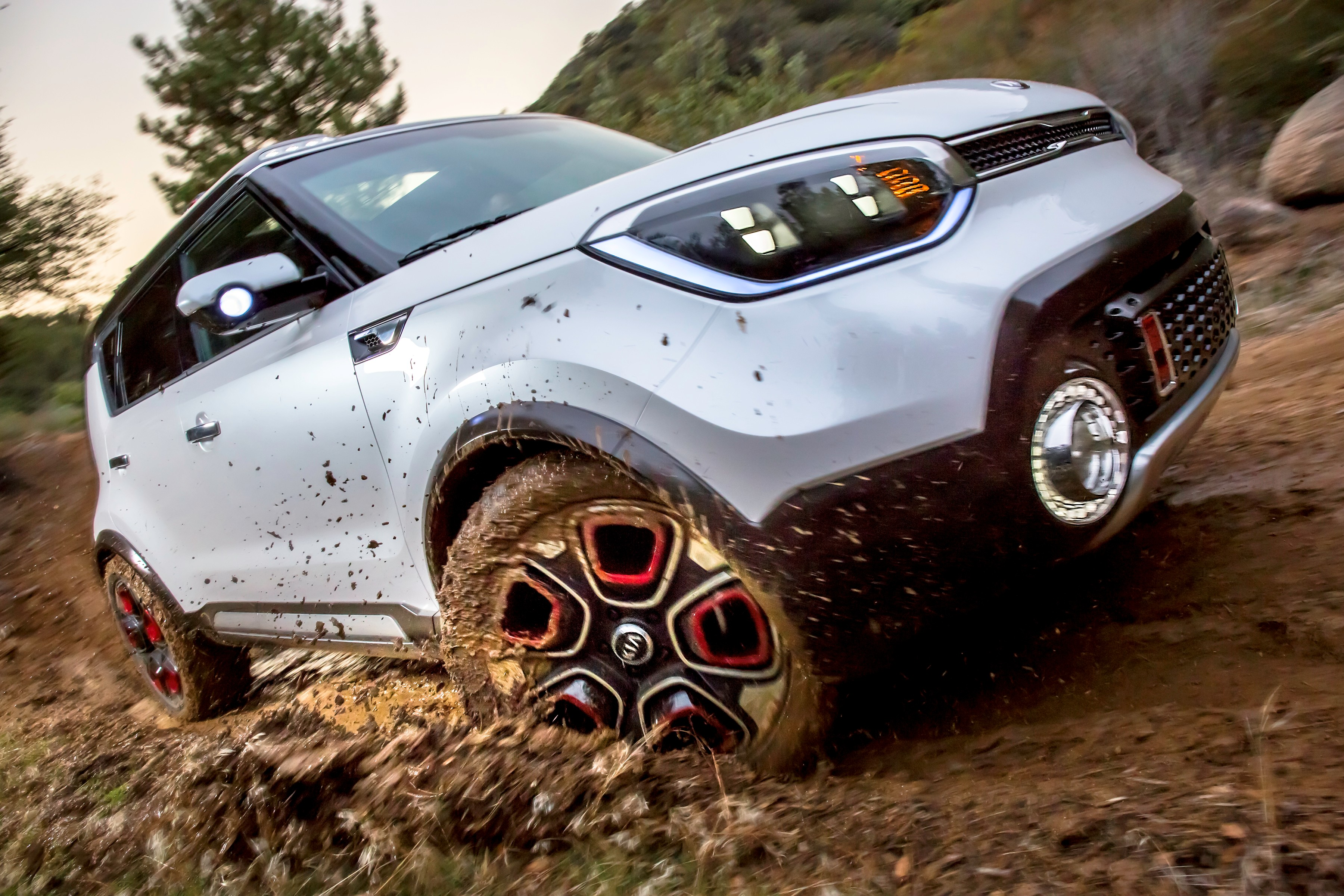 Trail Ster The Kia Soul Awd Electric Concept Revealed