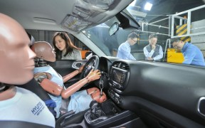 hyundai kia new multiple collision airbags (1)