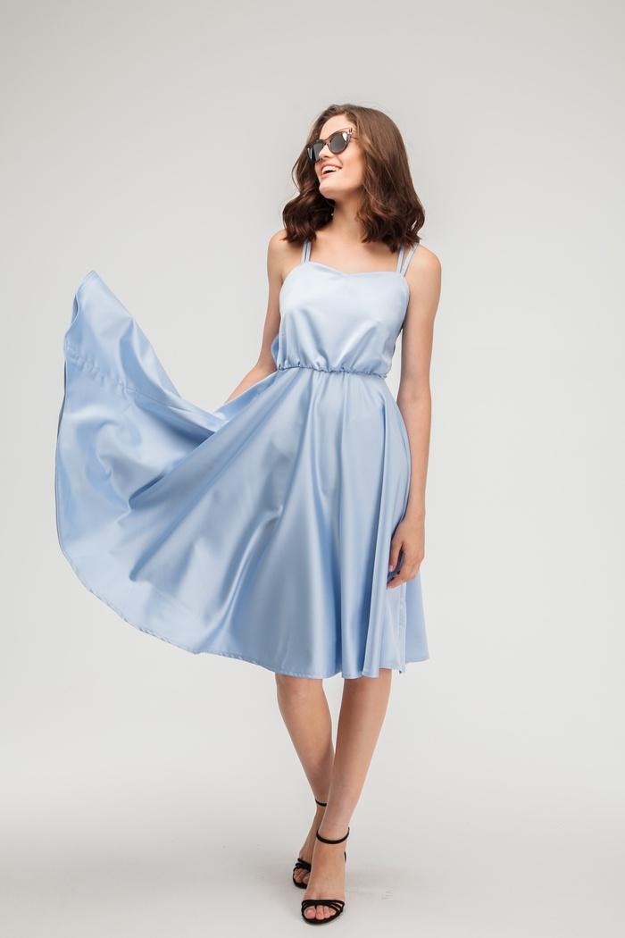 Платье атласное с открытой спиной голубое - THE LACE