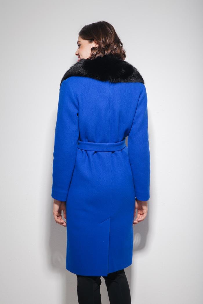 Пальто с меховым воротником из песца ультрамарин - THE LACE