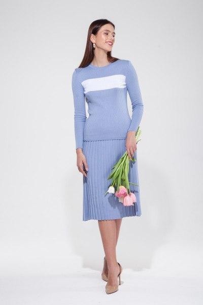 Костюм трикотажный из свитера с полоской и юбки плиссе лавандовый - THE LACE