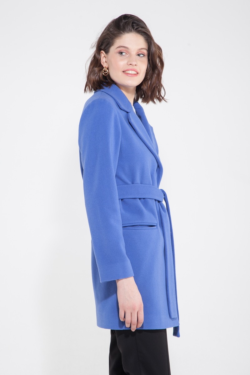 Пальто укороченное голубая лаванда - THE LACE