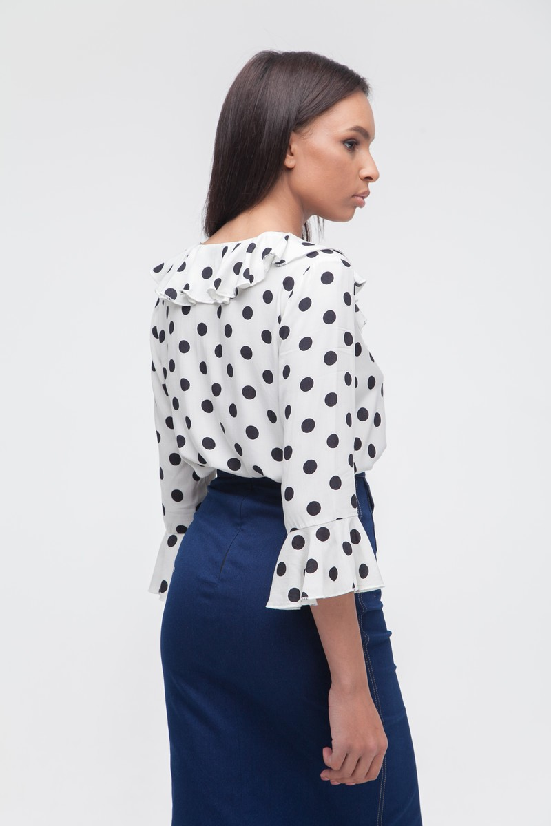 Блуза с воланами в горох белая — THE LACE