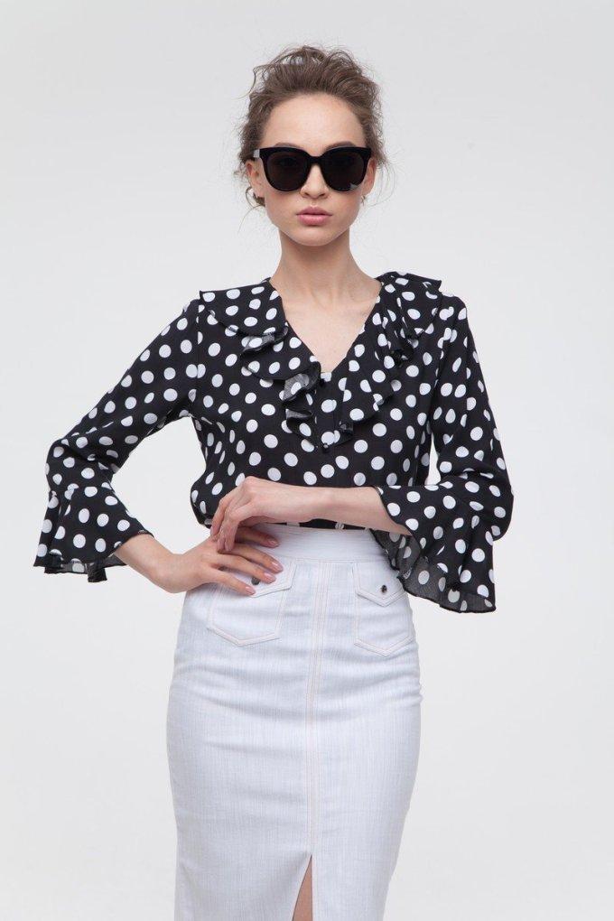 Блуза с воланами в горох чёрная - THE LACE