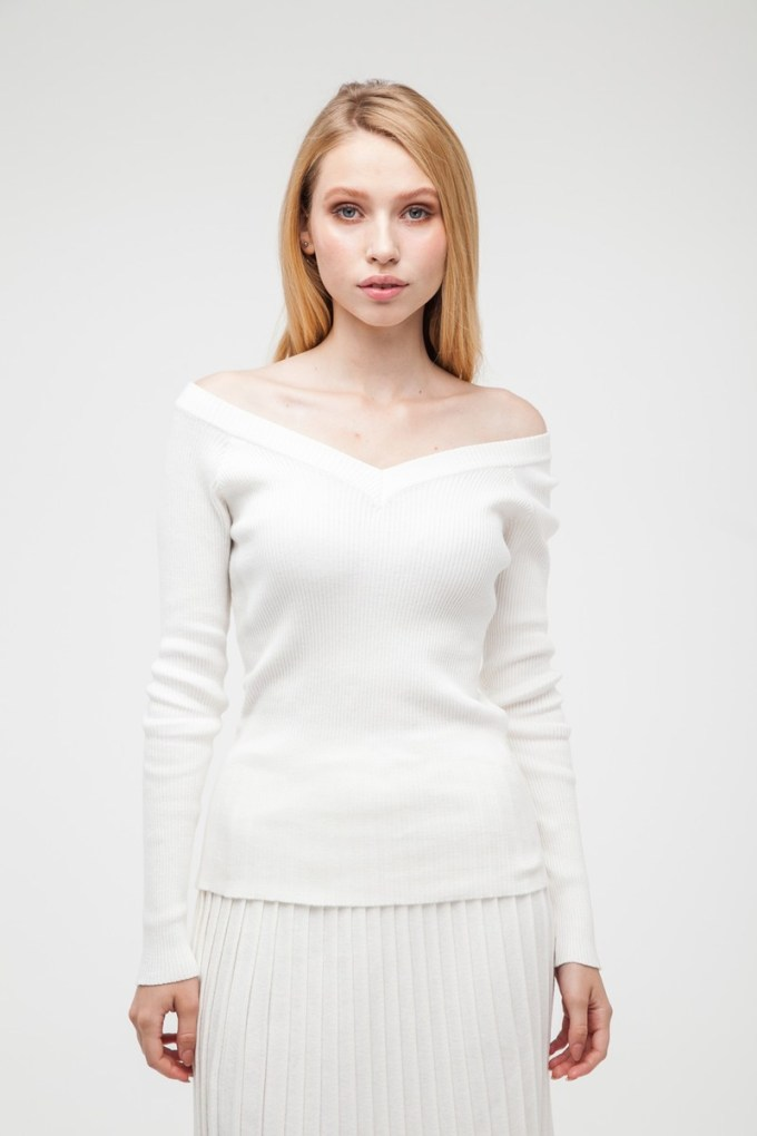 Свитер со спущенными плечами белый - THE LACE
