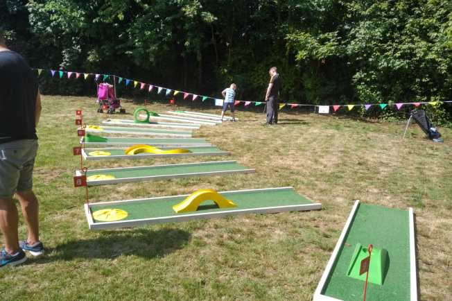 Love Knotty Ash Party in the Park 2018 Mini crazy golf