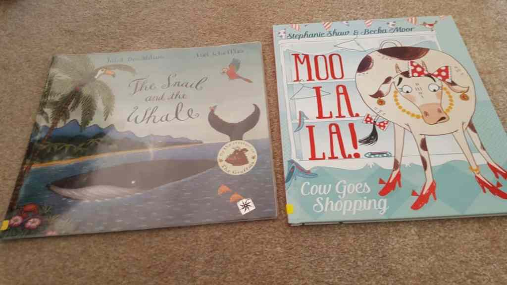 Bedtime stories, Pied piper and snowy world's #littleloves