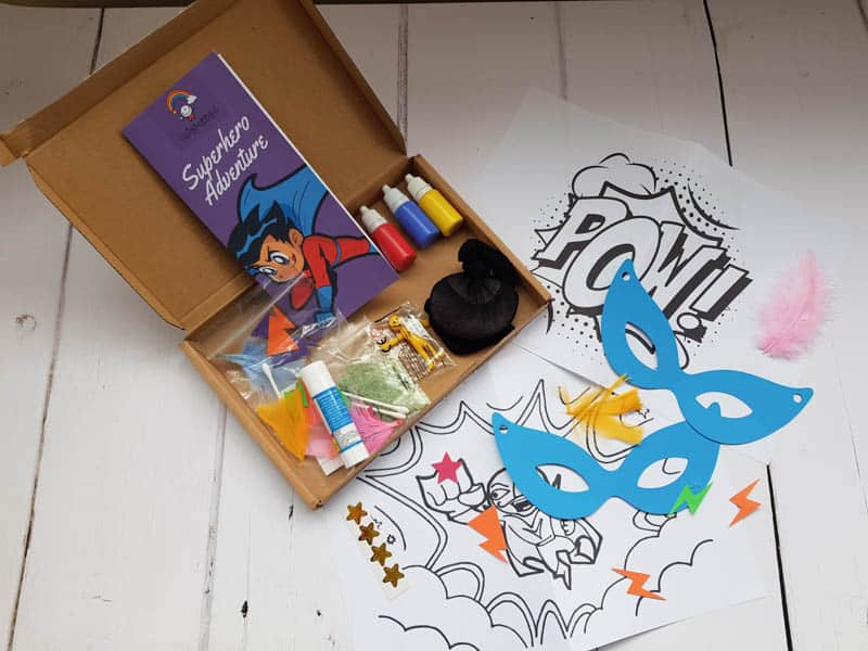 Squidgydoodle superhero craft box review and giveaway