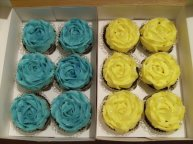 Blue and Yellow piped roses