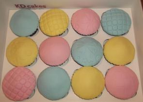 Pastel domed cupcakes