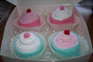 Gift Closet Ideas: Cupcake Socks!