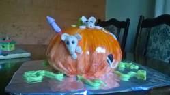 Pumpkin Mouse House cake 20141019 (5)