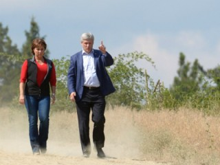 Harper-Clark-Kelowna-Forest-Fires-sized-big