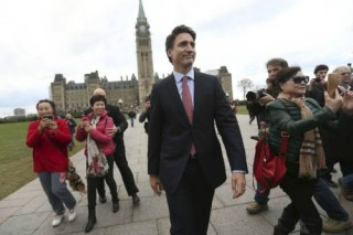 Trudeau-Walking-Parliament2-sized