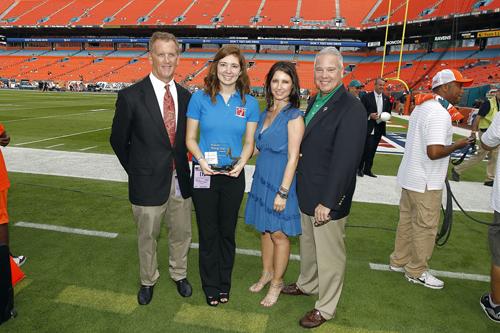 "Ashira Vantrees Receives ""Sun Life Rising Star"" Award From Miami Dolphins"