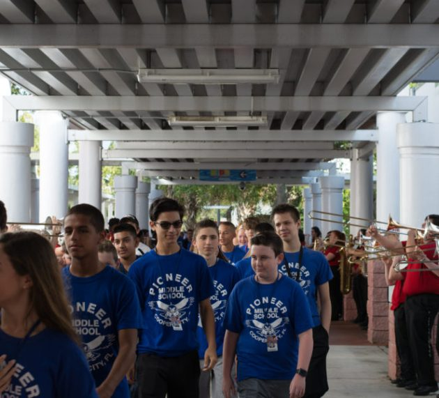 New Faces Get a Taste of CCHS on the Annual 8th Grade Walkover