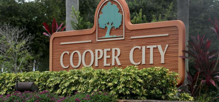 Posting to keep the city posted: Exploring the Around Cooper City Instagram account