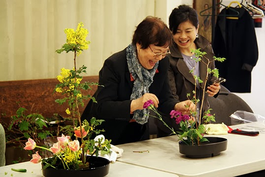 Mrs. Boycott with one of her ikebana students | Photo by Meighan Makarchuk