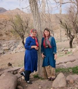 Epic Weekend organisers Feloor Talebi (left) and Kira Van Deusen (right) in Iran | Photo by Hossein Mashreghi