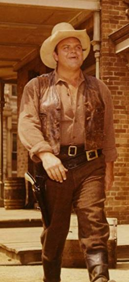 Dan Blocker as Hoss Cartwright