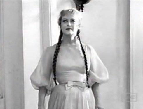 Davis as Charlotte old fashioned dress