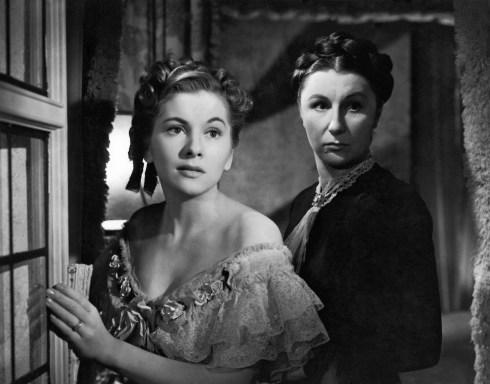 joan fontaine & judith anderson - rebecca 1940