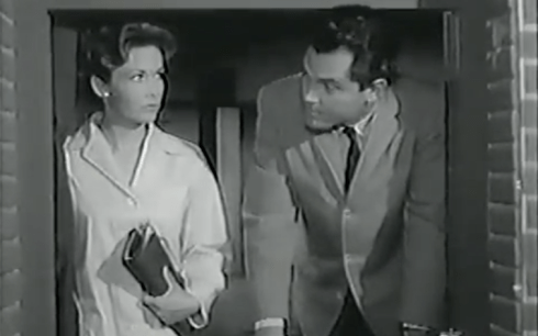 Vera MIles Jeffrey Hunter Don't Look Behind YOu