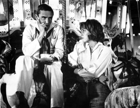 Dennis Hopper (as Johnny Drake) and Luana Anders (as Ellen Sands) in NIGHT TIDE by Curtis Harrington