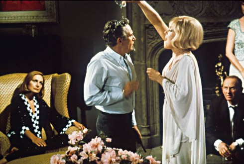 Peter Finch, Kim Novak