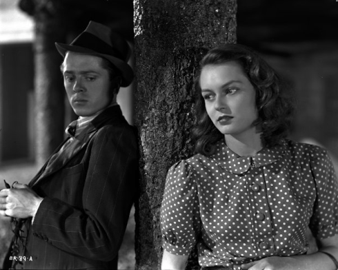 Brighton Rock Dick Attenborough as Pinkie Brown with Carol Marsh