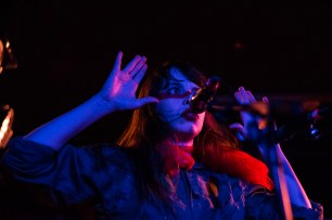 le-butcherettes-at-the-workmans-club-photo-by-stephen-white-14