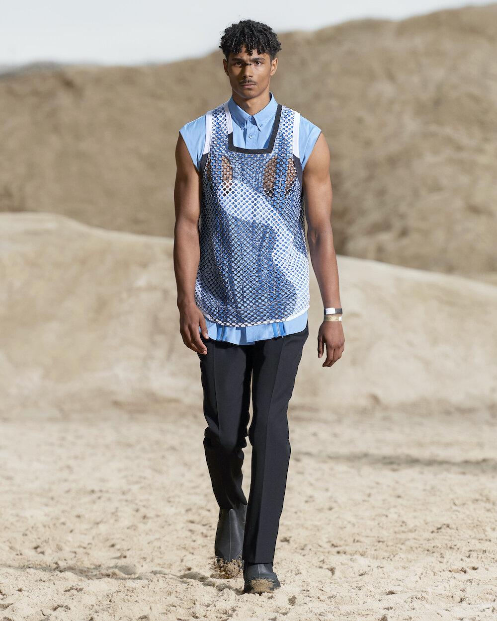 Burberry Spring_Summer 2022 Menswear Presentation Collection - Look 42 - Jayden.jpg
