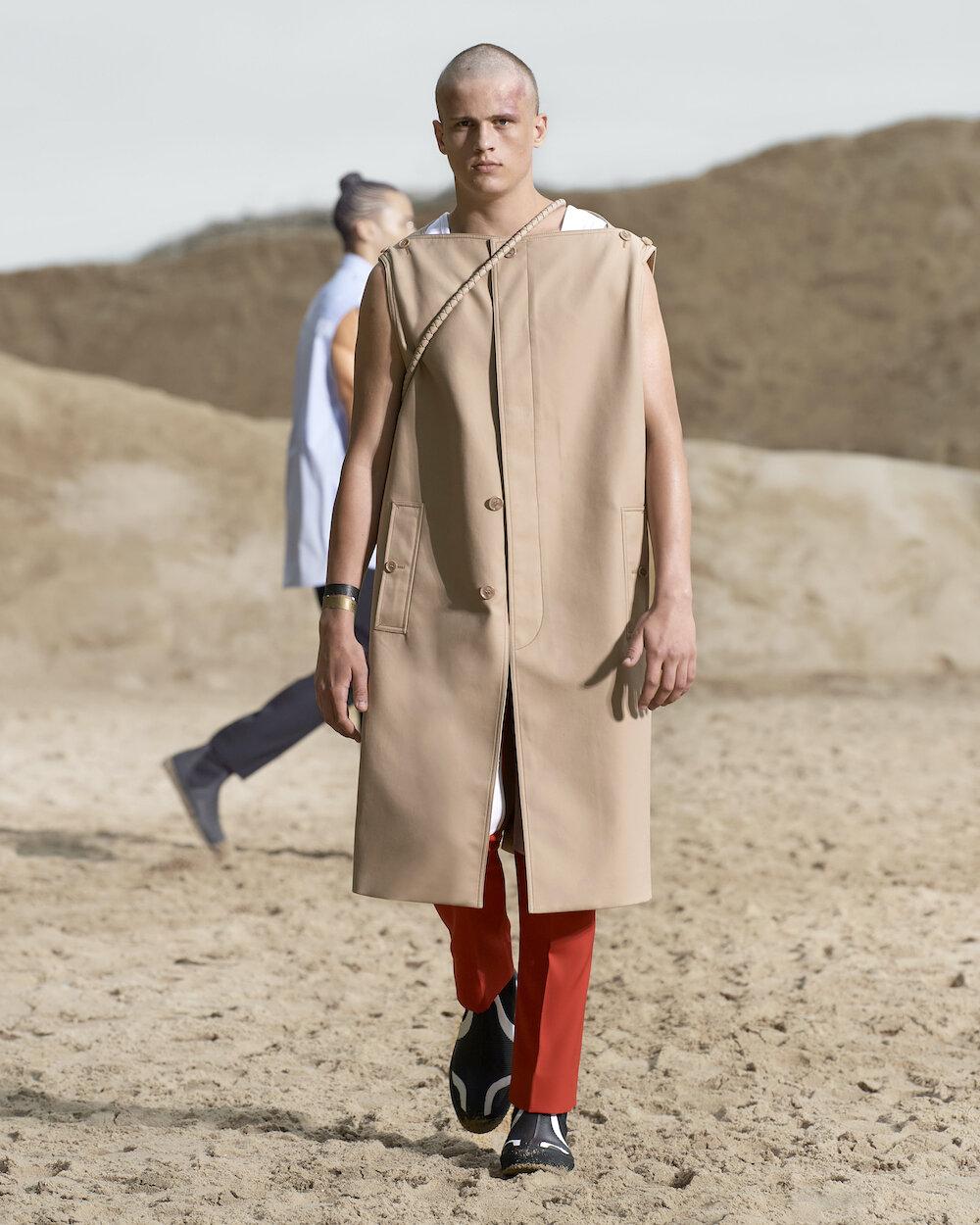 Burberry Spring_Summer 2022 Menswear Presentation Collection - Look 45 - Ben.jpg