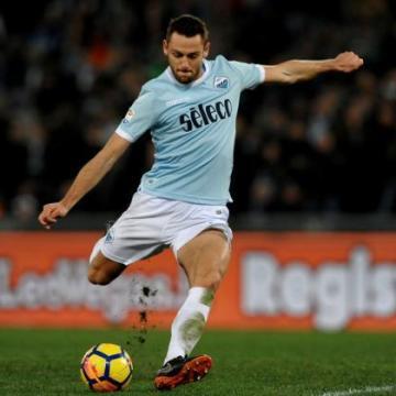 Stefan De Vrij: Should he play or should he be benched?