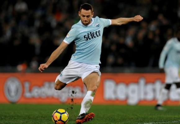 Stefan De Vrij: Should he play or should he be benched?
