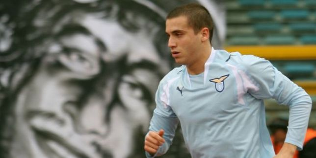 De Silvestri playing for Lazio, Source- laziochannel.it