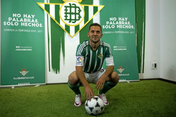 Riza Durmisi of Real Betis, Source- Marca