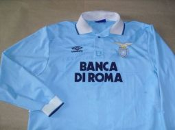 Image courtesy of OldFootballShirts