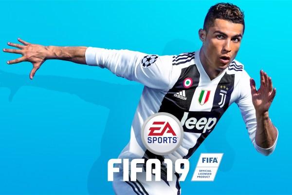 FIFA 19 Cover Photo featuring Cristiano Ronaldo in the bianconeri colours, Source- EASPORTSFIFA